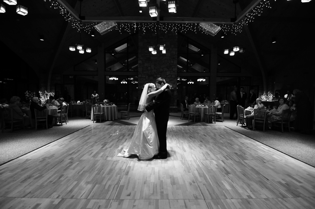 tulsa photographers capture first dance