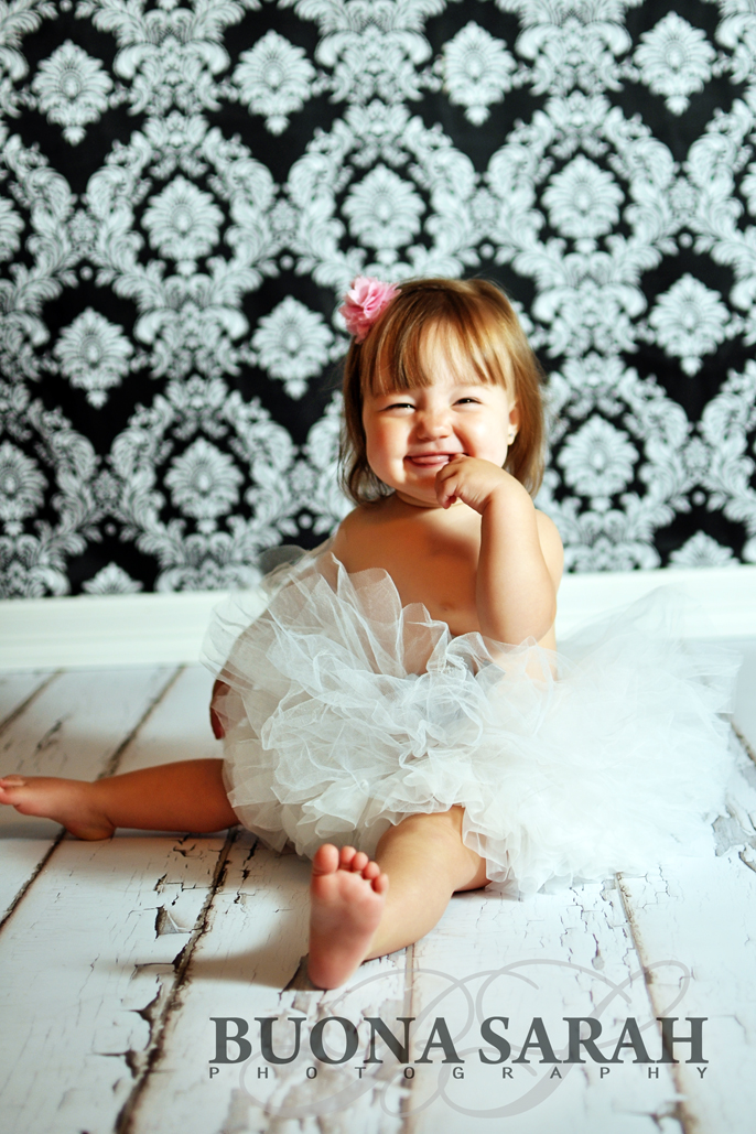 toddlers in tutus with tulsa photographers