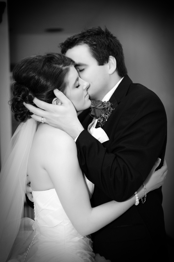 the happy couple- with tulsa photographer sarah deneui