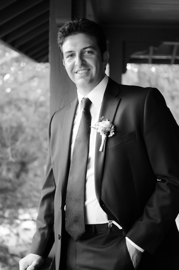 handsome groom at skelly lodge