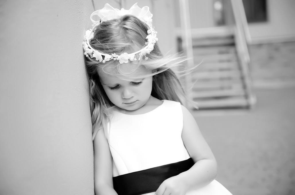 flowergirl tulsa weddings with tulsa photographers