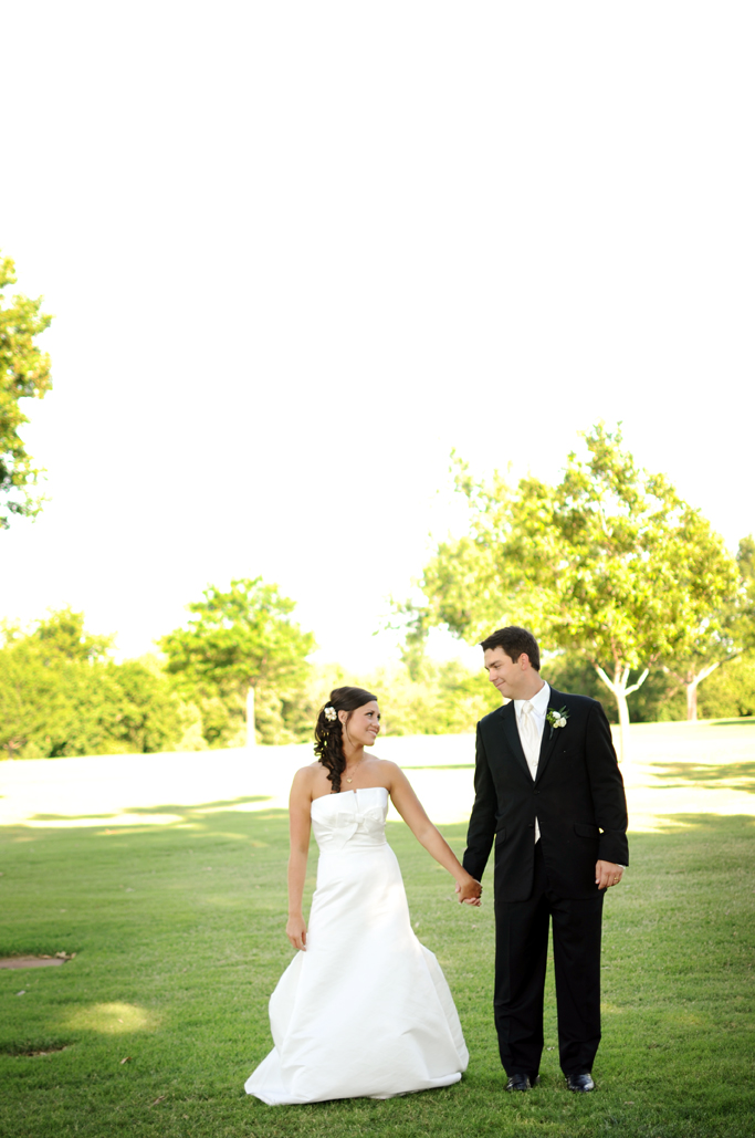 hannah & wink at evangelistic temple and the oaks country club