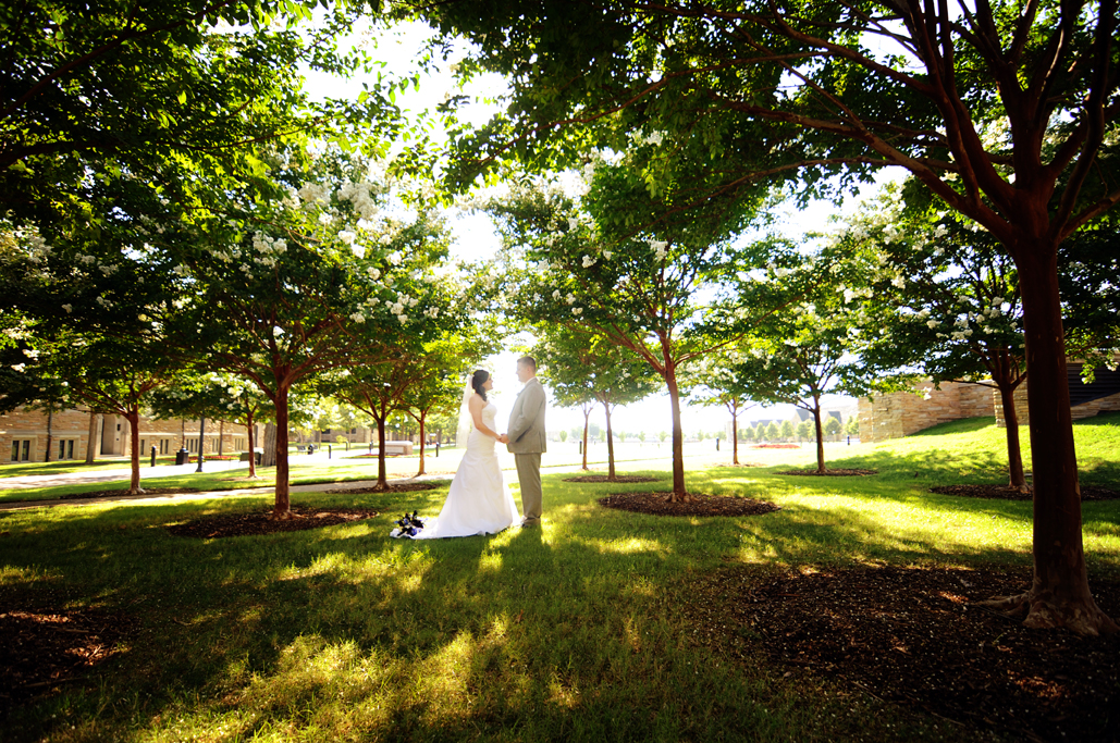 tulsa photographers at TU University of Tulsa weddings